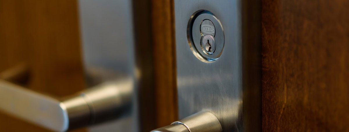 Commercial door locks Reno locksmith