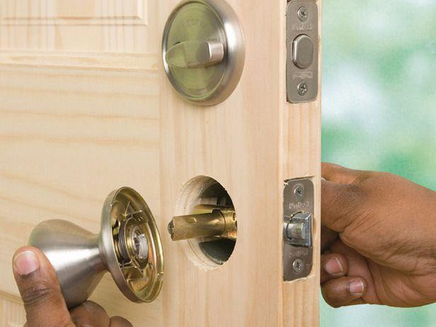 Locksmith Reno lock installation